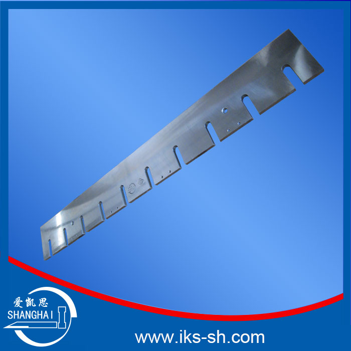 Correct selection of non-standard blade materials